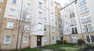10/3 Giles Street, Edinburgh, EH6 6DA